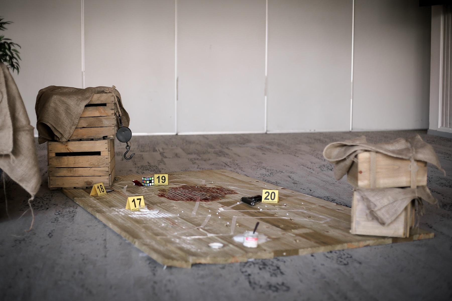 Scène murder party pour enquête événementiel Arpège